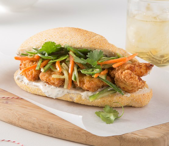 Boneless Wing Bahn Mi