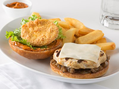 Southern Sweetheart Chicken Sandwich image